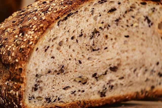 vícezrnný chléb